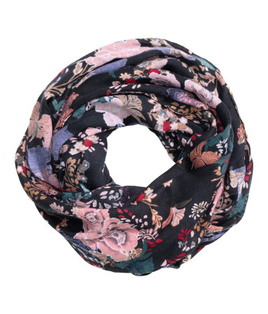 patterned scarf.jpg